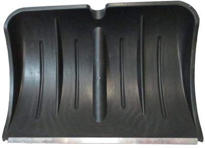 Лопата для снега плас. 540*370 с метал.планкой б/чер №13